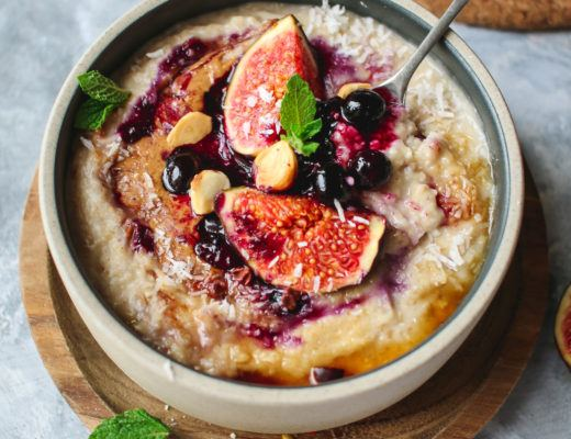 vegan oatmeal with figs
