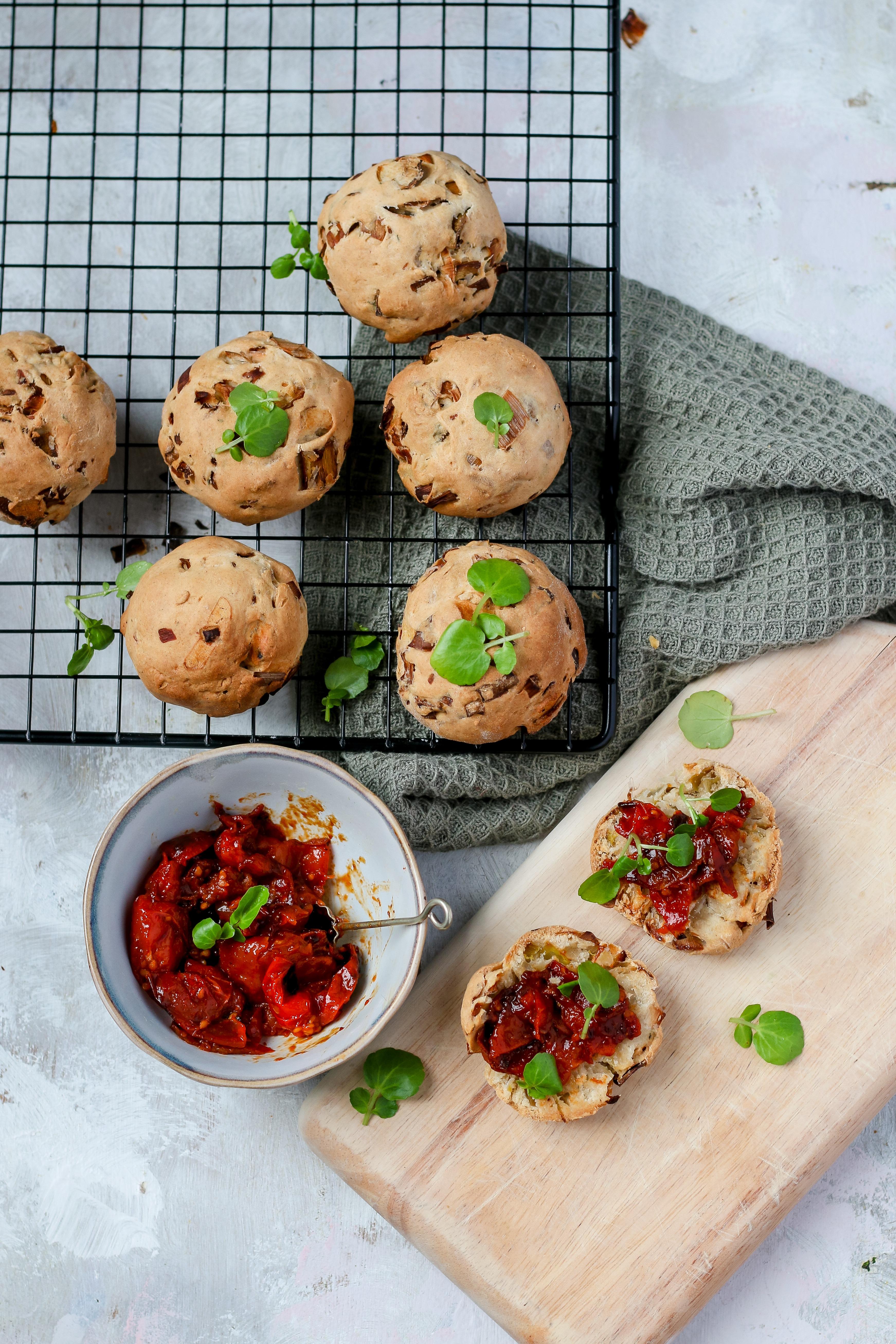 savoury leek vegan scones