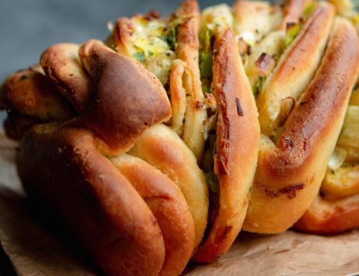 leek and garlic twist bread