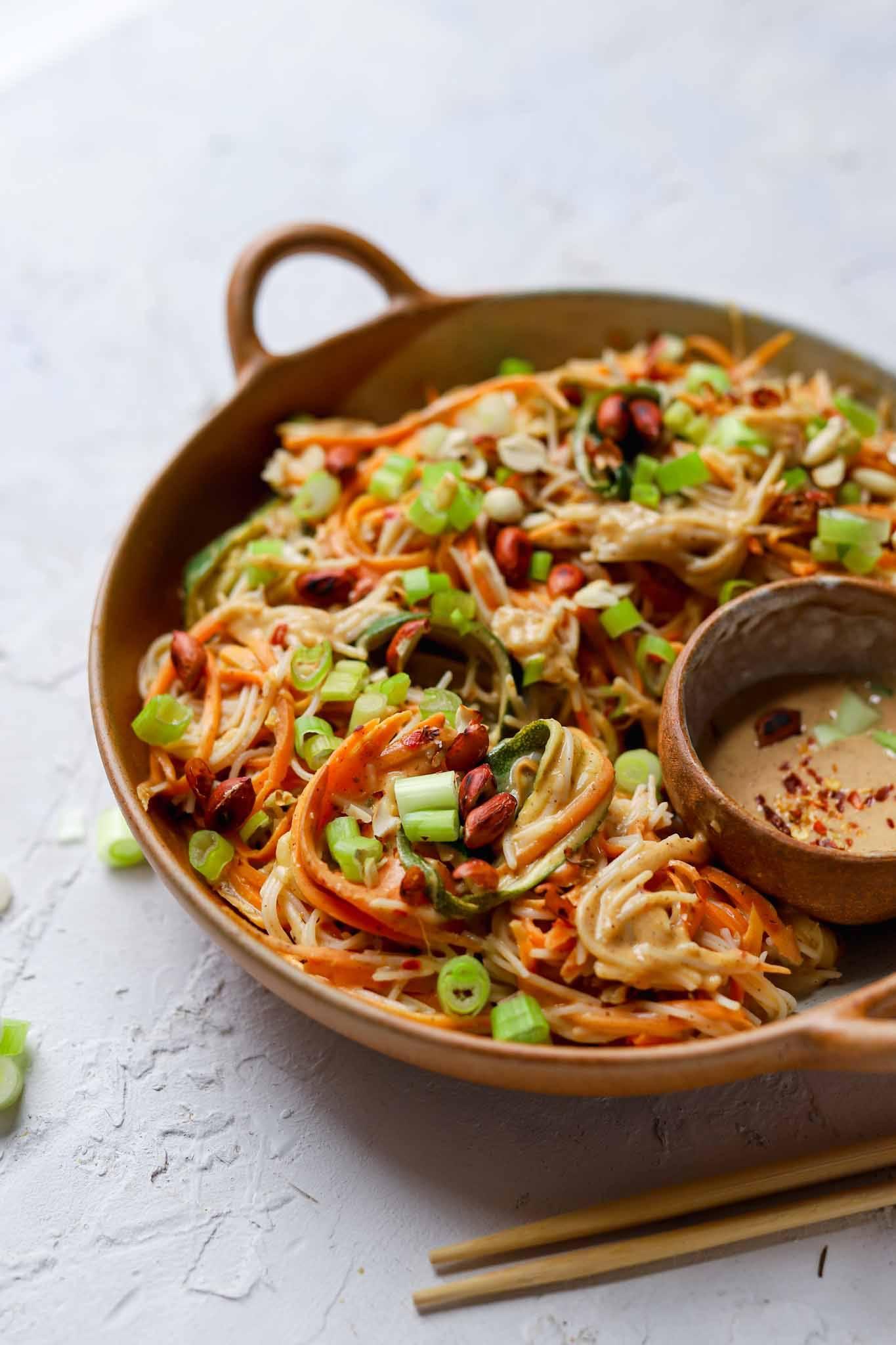 vegetable noodles and peanut dressing