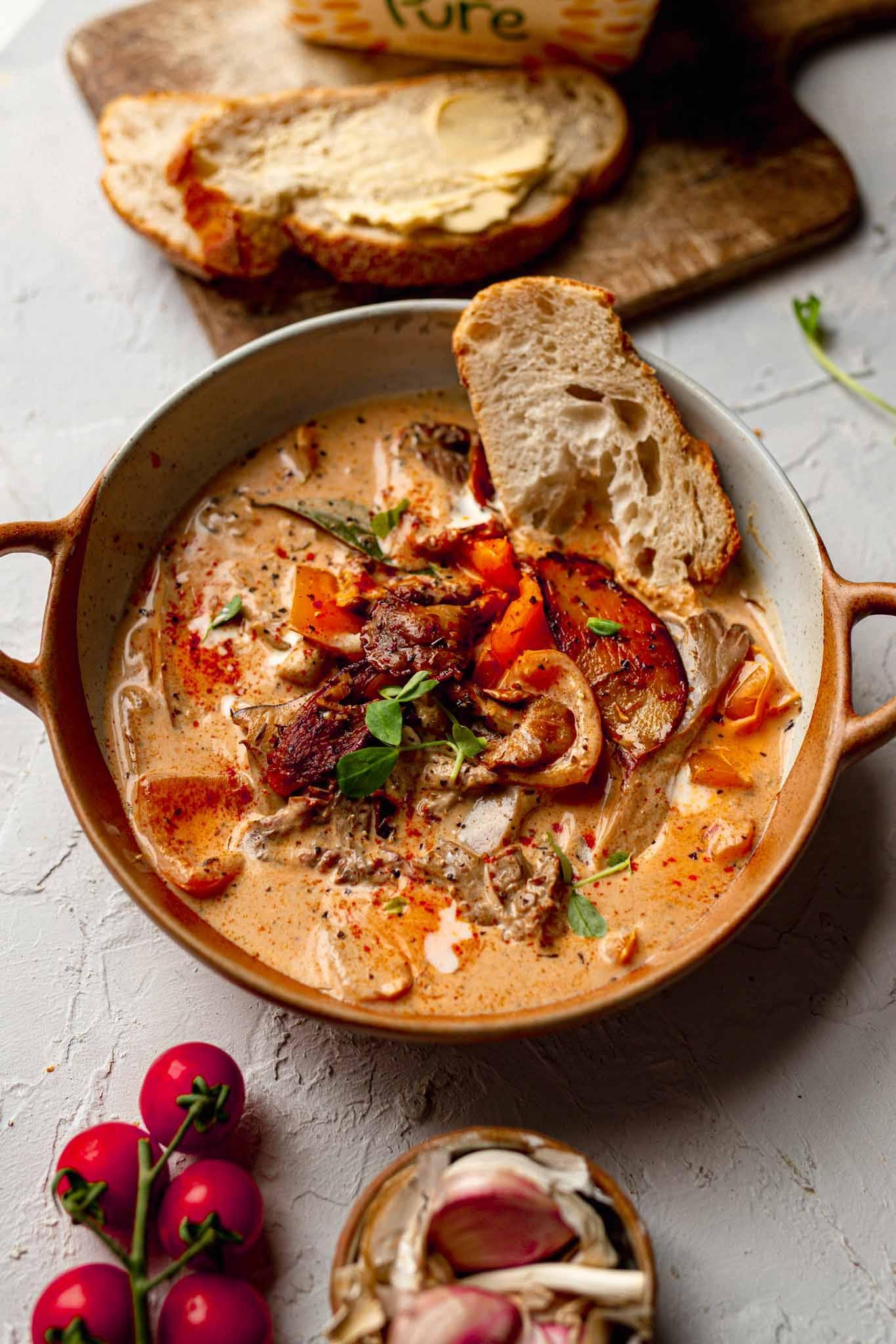 vegan mushroom tuscan soup