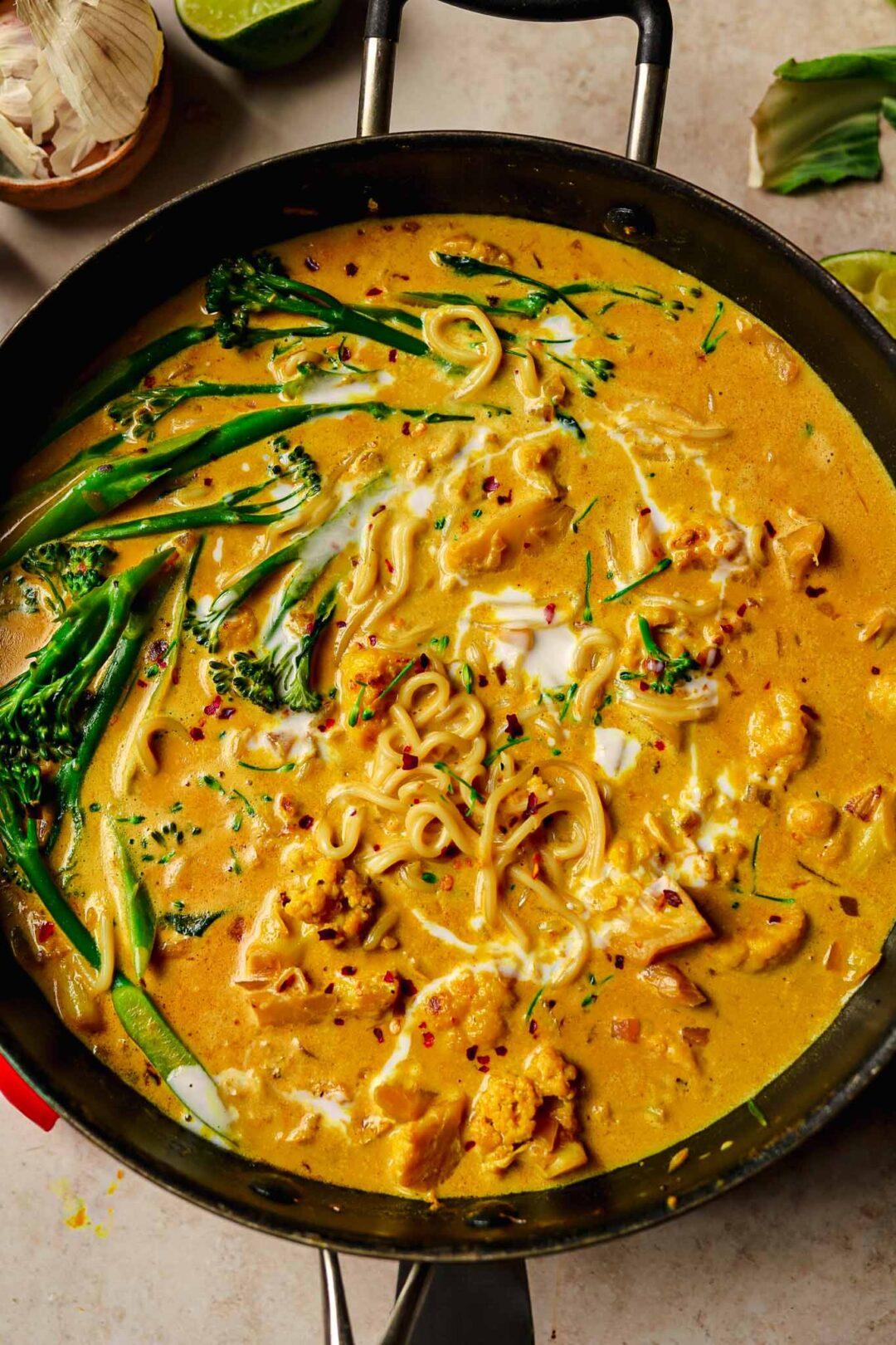 curried cauliflower noodle soup