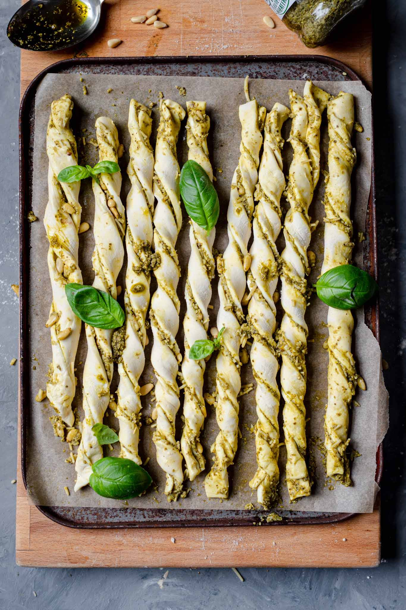 cheese pesto vegan twists