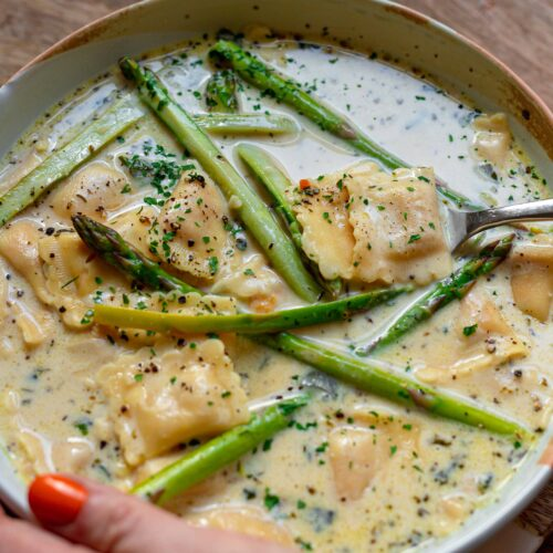 vegan creamy ravioli soup