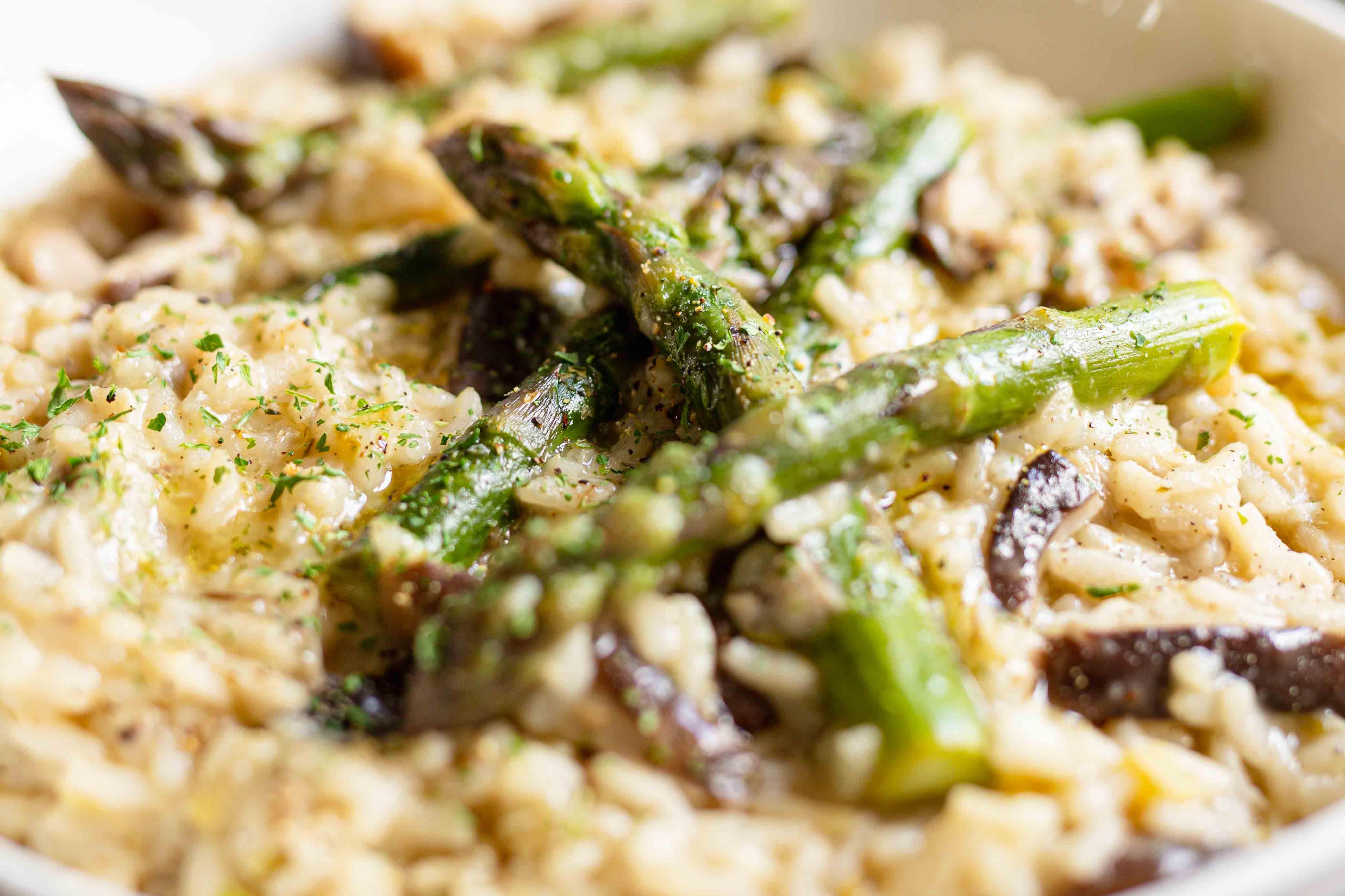 vegan risotto asparagus and shiitake