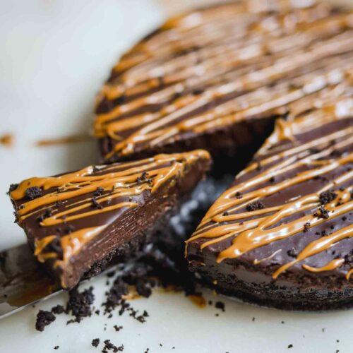5 Ingredient Vegan Chocolate Tart
